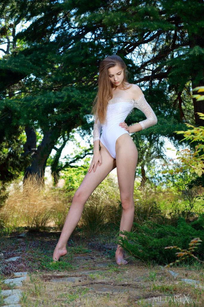 Modelka w seksownej bieliźnie
