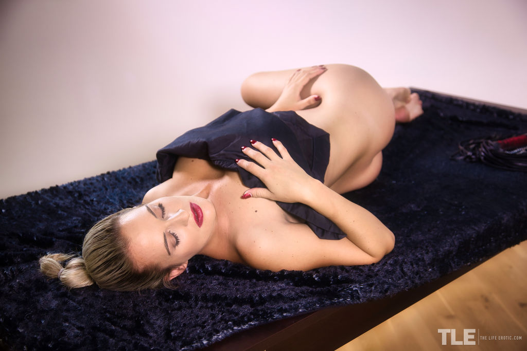 Duże cycki nago